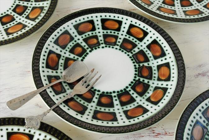 1960年代 ヴィンテージ BOCH ボッホ Bernadette 磁器 ケーキプレート 19cm お皿 陶器 アンティーク 食器 ヨーロッパ