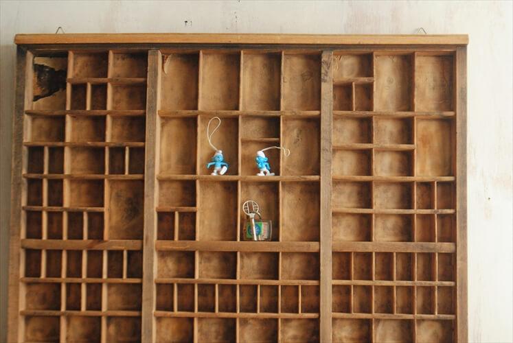 ドイツ買い付け 古い木製プリンタートレー ウッドシェルフ ウォールシェルフ ウォールラック 飾り棚 ヴィンテージ